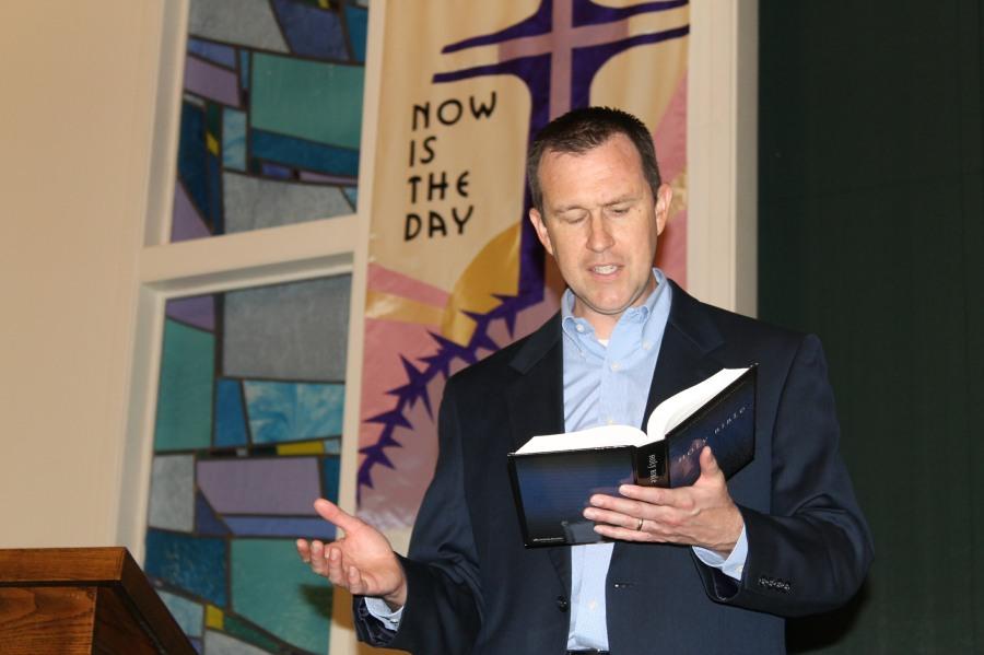 Pastor Tom Vandermeid